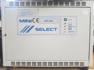 Trakční nabíječ BENNING - E230G24/40 B-FSM