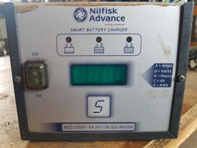 Trakční nabíječ Nilfisk advence - E230G24/13 IUIa