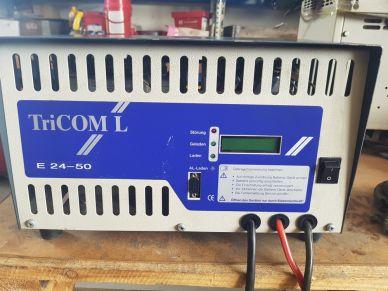 Trakční nabíječ TRICOM-L - E230G24/50 WaN